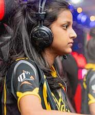 eSports women's cyber games